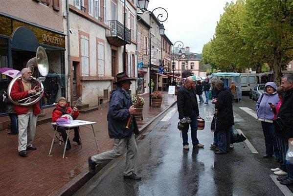 marche-de-marcillac-24-oct-2010 0359